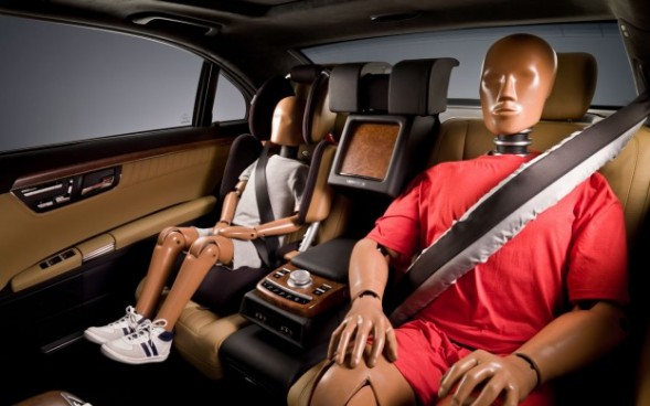seat belts along with the driver seat air bag